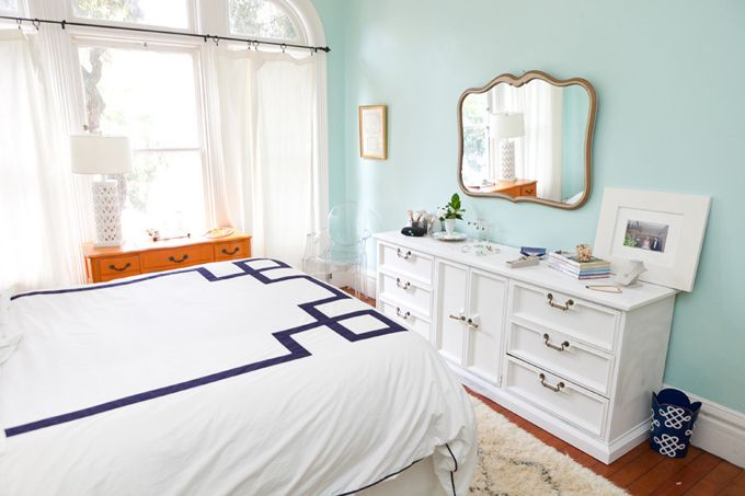 1000+ images about Bedrooms on Pinterest Nightstands, Small Bedroom ...