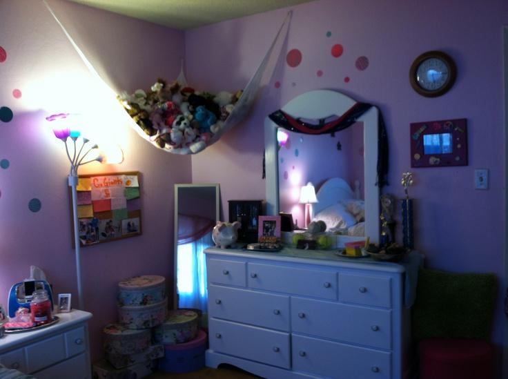 Preteen bedroom
