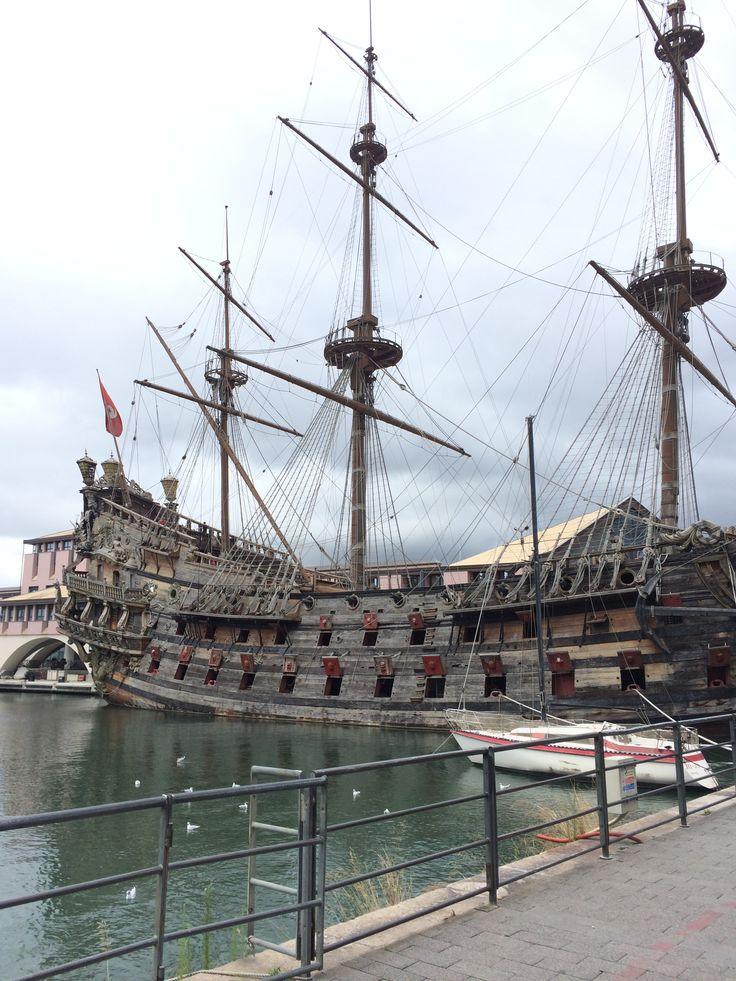 Fantastico vascello nel porto di #Genova, #Italy #Summer2014