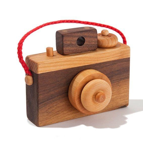 Wooden Camera  www.acorntoyshop.com