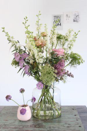 Spring bouquet by Judith Slagter // judithslagter.nl