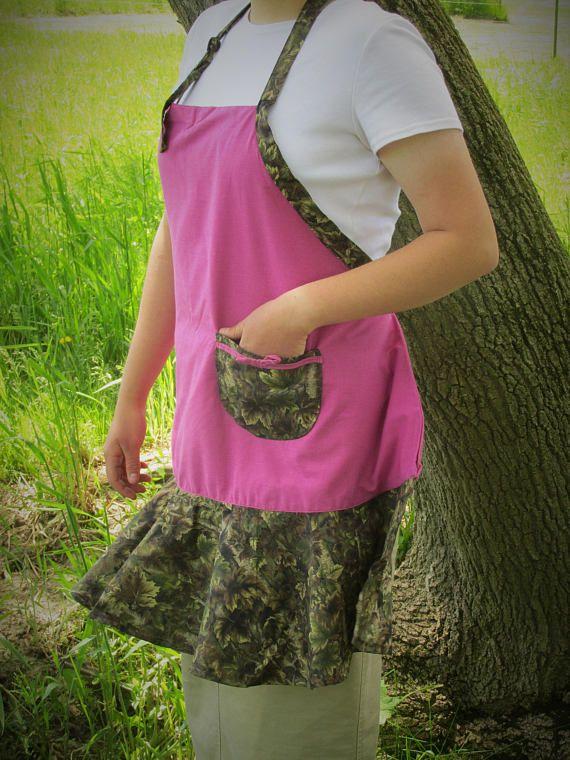 Girls Hunt Too Ladies Camo and Pink Apron womens camo apron