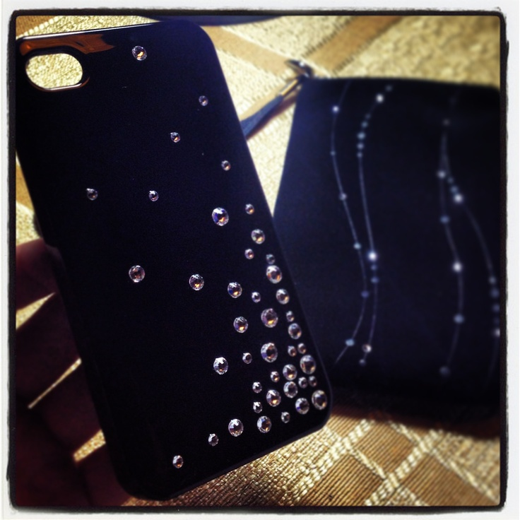 "Carcaza ""Swarovsky Elements"" para Iphone 4S"