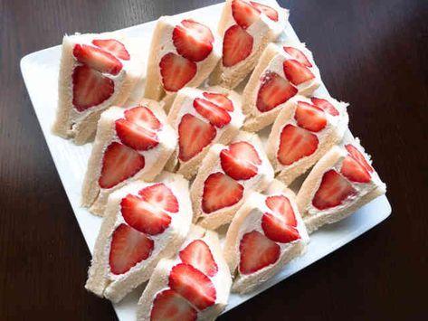 雛祭りにも!おもてなし莓サンドイッチの画像