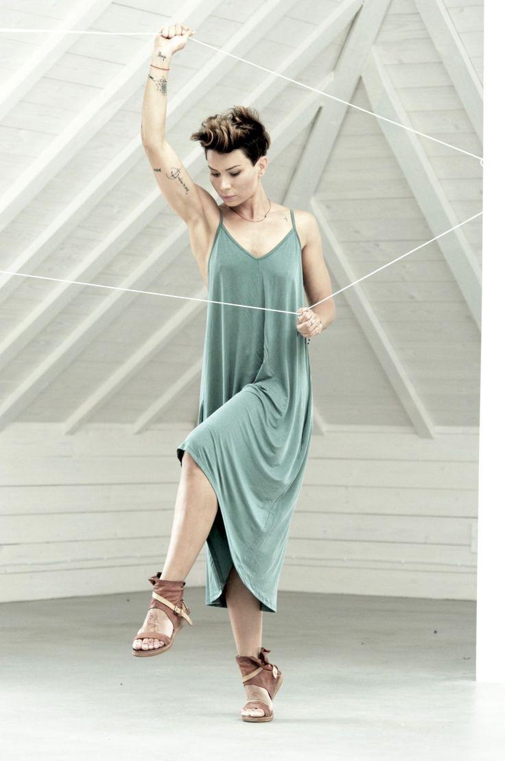 Sukienka Short Relax - sukienka, midi,zielona - Agi Jensen