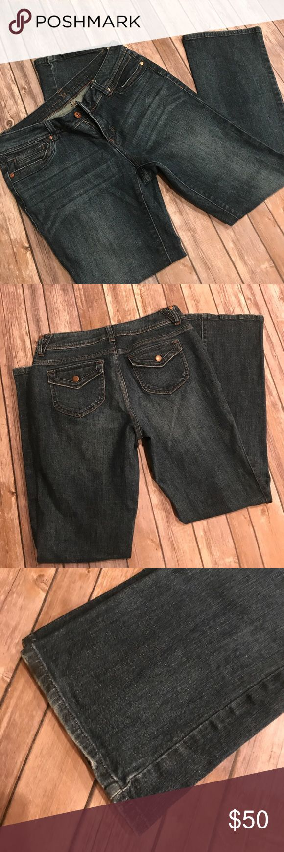 Simply Vera. Vera Wang Jeans. Size 9. Only worn once. Simply Vera. Vera Wang Jeans. Size 9. Simply Vera Vera Wang Jeans Boot Cut