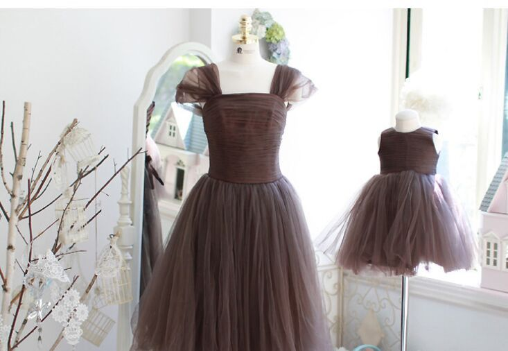 Best 25 mother and daughter dresses ideas on pinterest for Mother daughter house for rent