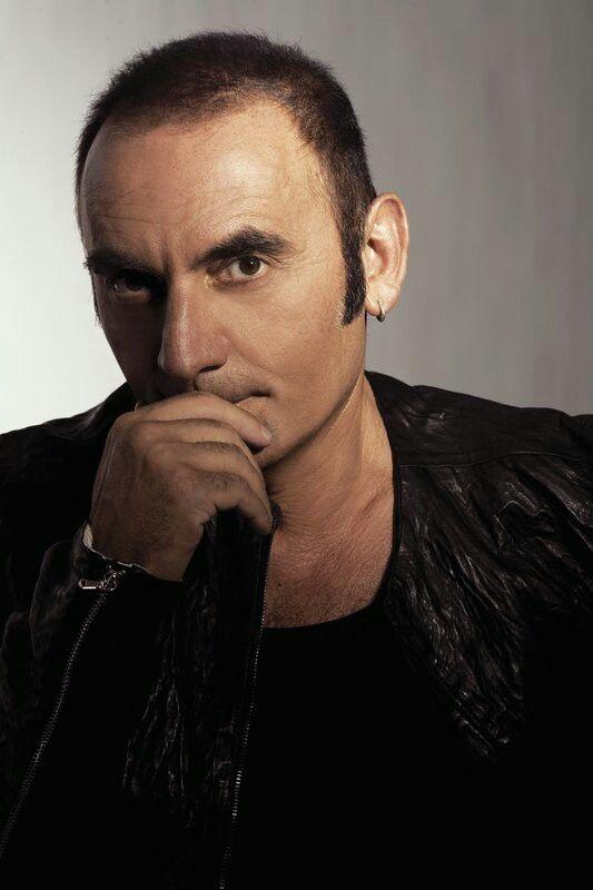 Pino Mango,cantante italiano (italian singer)...indimenticabili  le sue meravigliose canzoni♡.