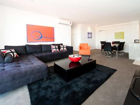 58/131 Harold Street, Mount Lawley.This luxurious, bright & spacious 2 bedroom apartment offers large open plan living, two modern bathrooms, a kitchen with quality furnishing throughout and large balcony over looking the pool. Air conditioning, heating and undercover secure car space included.