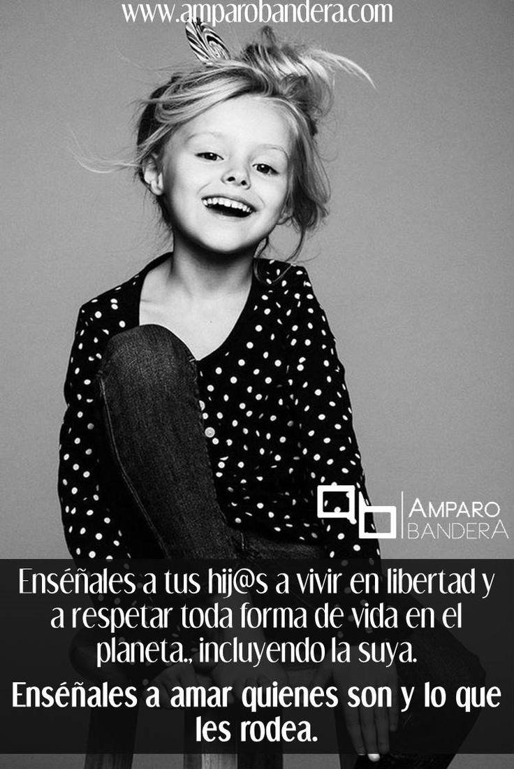 Enseña a tus hijos con el ejemplo el amor y el respeto por ellos mismos, por sus sentimientos, su cuerpo, por su pais, por su casa, por otras personas (quienes sean y de donde vengan) y por cualquier forma de vida. #Padres #Hijos #CrianzaRespetuosa #PaternidadConsciente #MaternidadConsciente #MaternidadResponsable #PaternidadResponsable