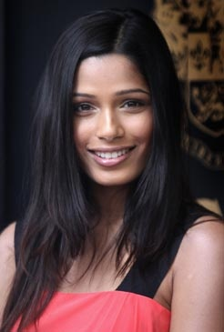 I feel being an actress is probably not half as difficult as being a mother, and I do not know when I will be ready for that kind of a decision. Freida Pinto