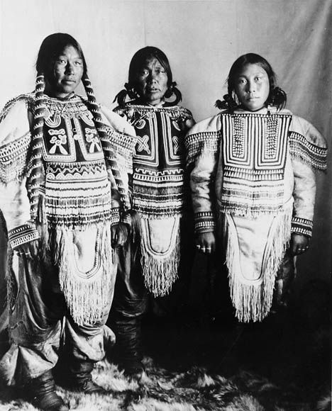 Canada | Native Inuit Women in Gala Dress. Fullerton, Northwest Territories ca. 1904 | Photo taken by Geraldine (J.D.) Moodie