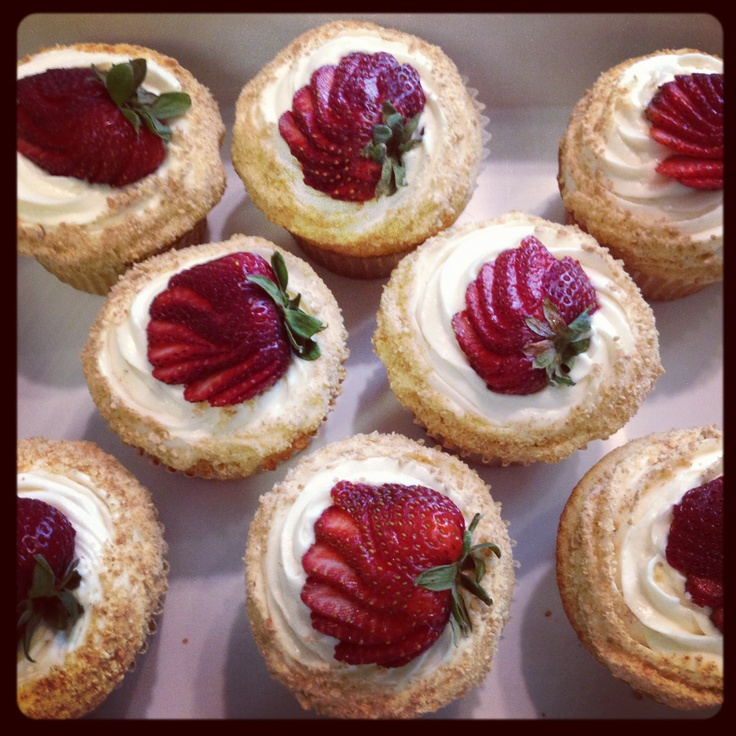Modern Strawberry Shortcake Cupcakes Lemon cake, whipped cream ...
