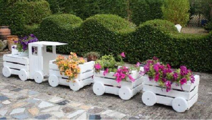 In einem großen Land wie Deutschland haben wir genug Platz für die schönsten Gärten. Kümmere Dich dann auch und sorge gut für deinen Garten, denn er gibt Dir so viel zurück. Bald, im Sommer ist es an warmen Tagen und Abenden ein wahrer Genuss im G...