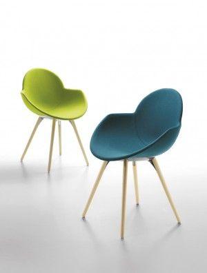 COOKIE - Chaise coque tapissée sur 4 pieds bois - Design Studio ZETASS - INFINITI