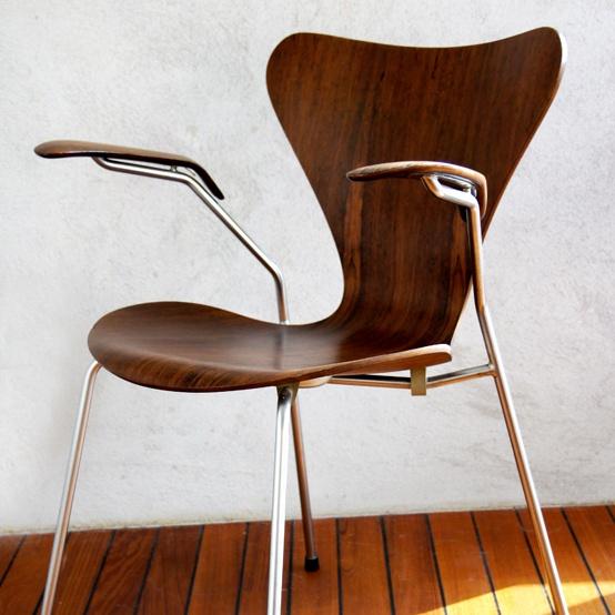 arne jacobsen sjuan inspired by design pinterest. Black Bedroom Furniture Sets. Home Design Ideas