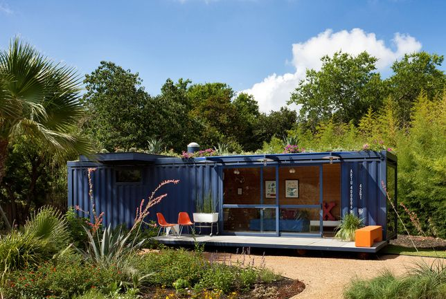 hidden oasis?Tiny House, Guesthouse, Green Roof, Ships Container House, Guest Houses, Glasses Doors, Shipping Containers, Ships Container Home, House Plans