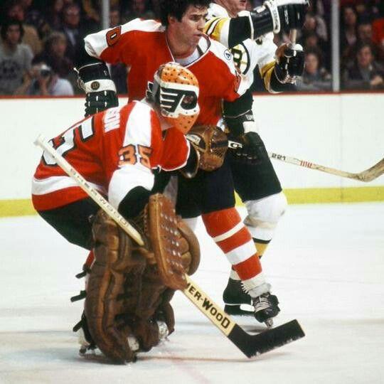 Wayne Stephenson | Philadelphia Flyers | NHL | Hockey