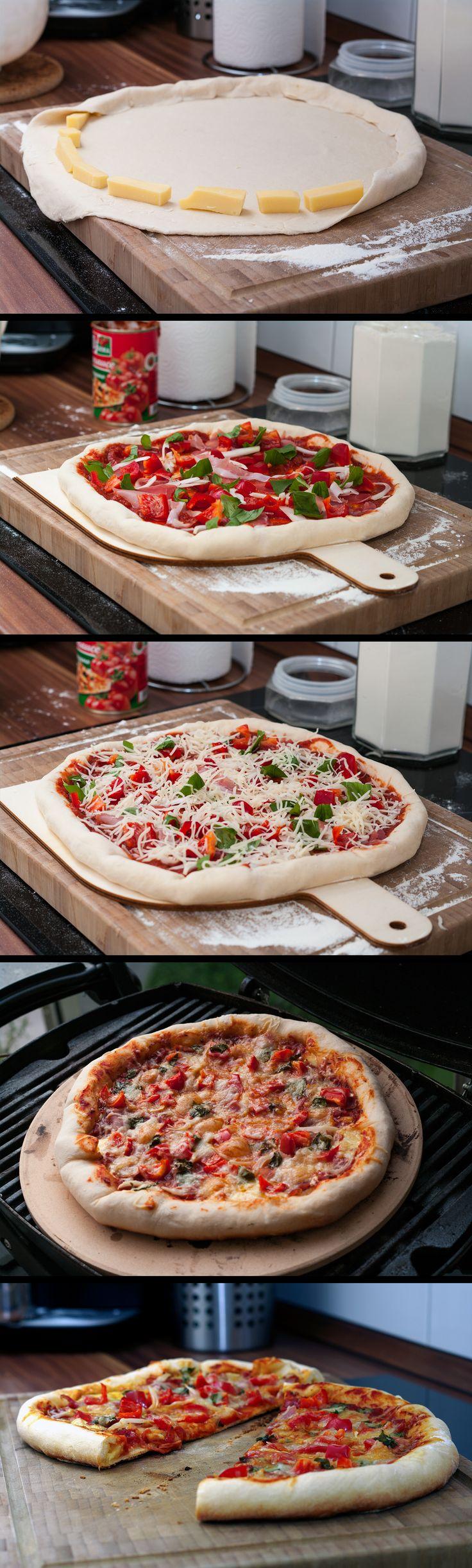 Cheesy-Crust-Pizza vom Pizzastein