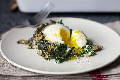 Здоровая запеченная лазанья из яиц на завтрак