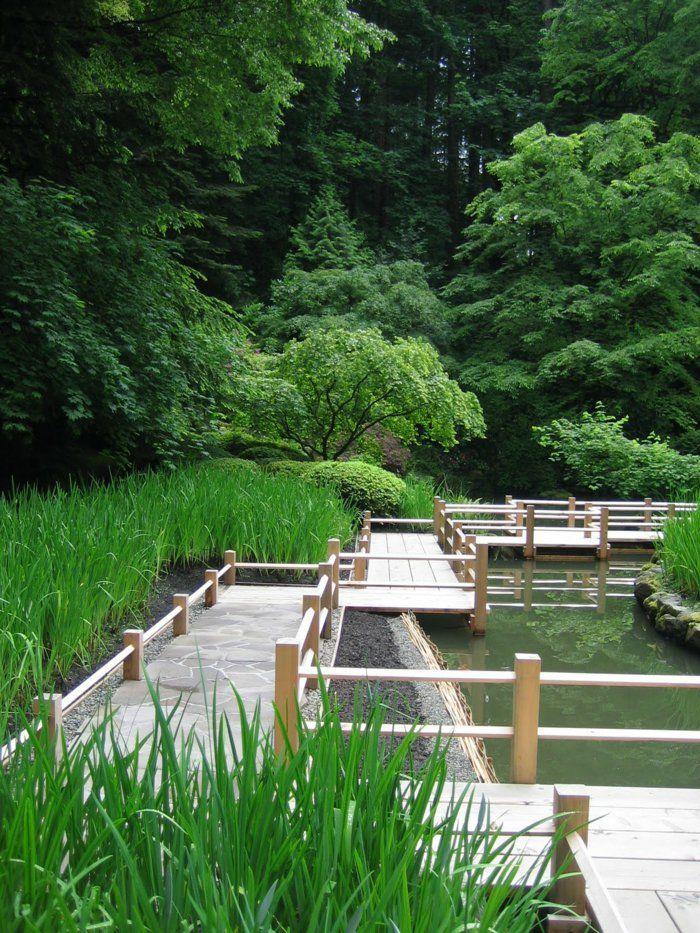 Les 25 meilleures id es de la cat gorie pont en bois sur pinterest terrasse ext rieure - Deco bassin de jardin avignon ...