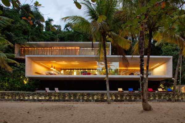 Modern beach house on the Brazilian coast