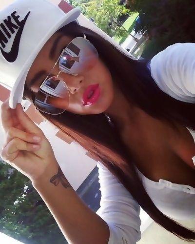 oakley girl sunglasses cheap  snapback ?w?g pr?tt? g!rl sw?g ?y?! \u2022???\u20b1?e???????i?я?. sunglasses