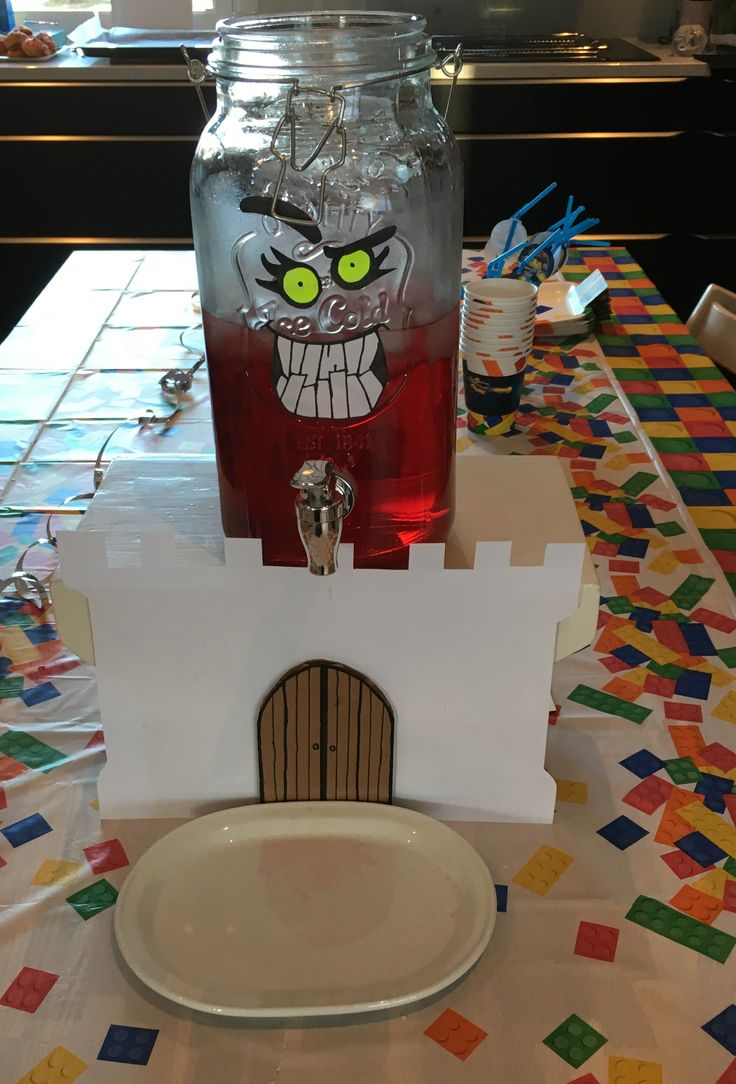 Nexo Knights Rasberry Juice monster. Inspired by https://www.catchmyparty.com/parties/nexo-knights-party