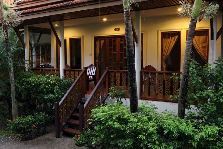 tropical bungalow architecture - Google Search