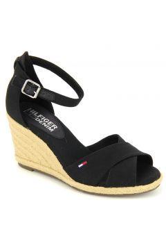 Kadın Siyah   Sandalet https://modasto.com/tommy-ve-hilfiger/kadin-ayakkabi-sandalet/br1336ct19