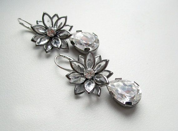 Buy instantly by clicking on the photo ! Swarovski clear white crystal lotus flower drop shape by DreamyBox