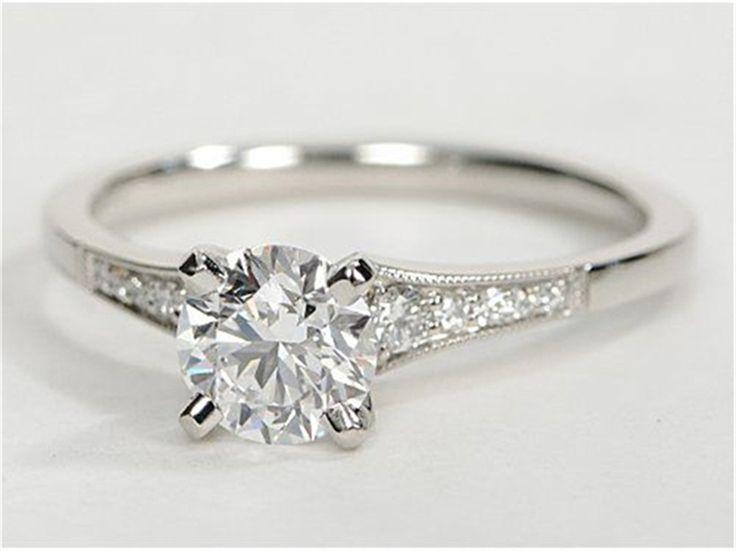 Men's Wedding Rings: Choosing a Metal