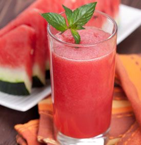 nonalcoholic-drinks-watermelon lemonade with a kiwi fruit splash