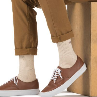 """This pair of socks completes the outfit with the previously pinned vans, chinos, and shirt. Together with some nice brown/wood bracelets, it creates a soft appearance with rugged wooded undertones, perfect for nailing the """"lumbersexual appearance"""", beard free."""