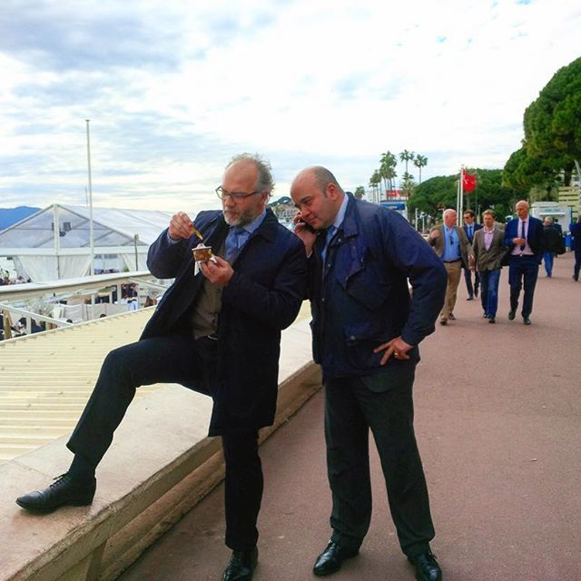 Angelo & Riccardo of Agedi Team - Two typical realtors 'at work' during the #Mipim in Cannes.  Keep calm and work at Agedi! #cannes #frenchriviera #cotedazur #croisette #mipim2016 #agediteam #work #keepcalmand____ #lovemyjob #realtor #realestate #immobilier #icecream #relax #франция #канны #круазет #лазурныйберег #французская #ривьера #работа #недвижимость #риэлтор #выставка #отдых #пауза #релакс