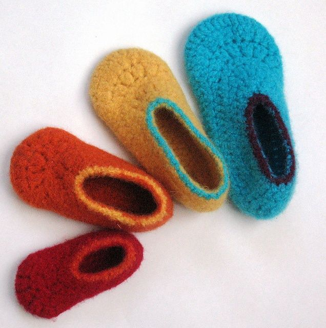 Crochet Patterns For Toddlers Slippers : Easy Felted Crochet Kids Slippers pattern by Sarah Lora