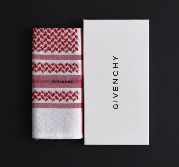 شماغ جيفنشي 2018 Givenchy Mens Fashion