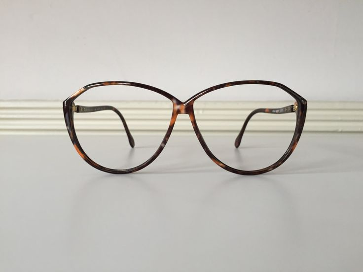 Vintage Silhouette oversized glasses in brown tortoise shell by blackandbluevintage on Etsy https://www.etsy.com/listing/238807841/vintage-silhouette-oversized-glasses-in