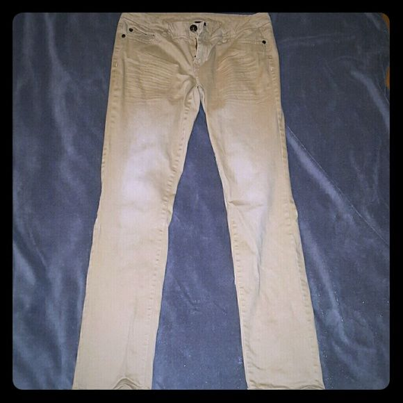 Khaki jeggings Khaki colored jeggings worn once but in excellent condition. Decoded Pants Straight Leg