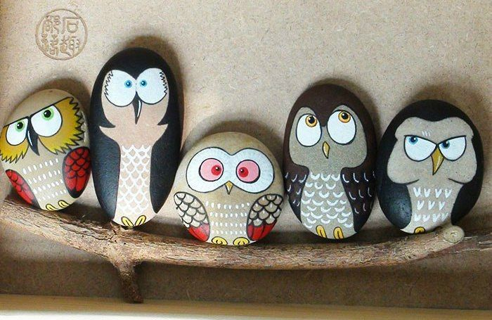24 Popular Items For Hand Painted Stones | PicturesCrafts.com