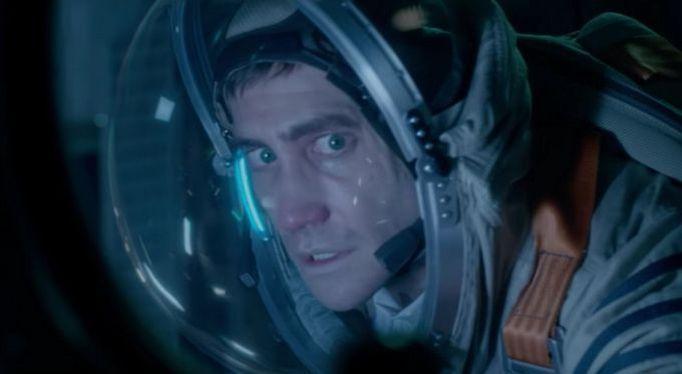 """""""Mind a mai napig nem találtunk még valódi bizonyítékot arra nézve, hogy a Földön kívül létezik-e még más életforma. Ez az ismeretlen leginkább félelmet szül..."""" #élet #filmkritika #scifihorror #jakegyllenhaal #ryanreynolds https://ps4pro.eu/hu/2012/10/23/elet-a-hetedik-utas-az-elet/"""