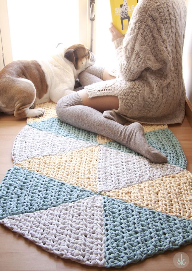 Alfombra de Ganchillo XXL triangular. Free pattern