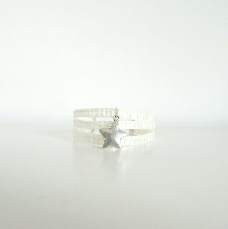 bracelet étoile blanc en toile de voile recyclée : Bracelet par l-etoile-de-mer