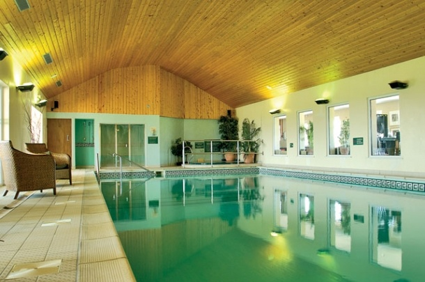 Bluebell Holiday Cottage, Northumberland with pool