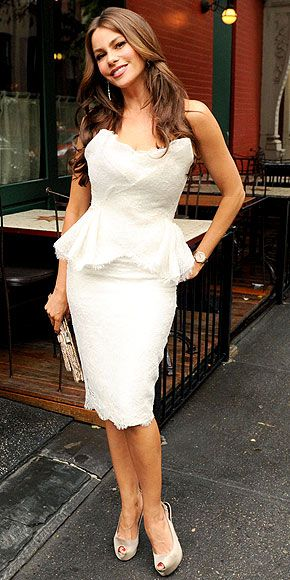 Sofia Vergara...bridal shower i neeedddd this dress!!