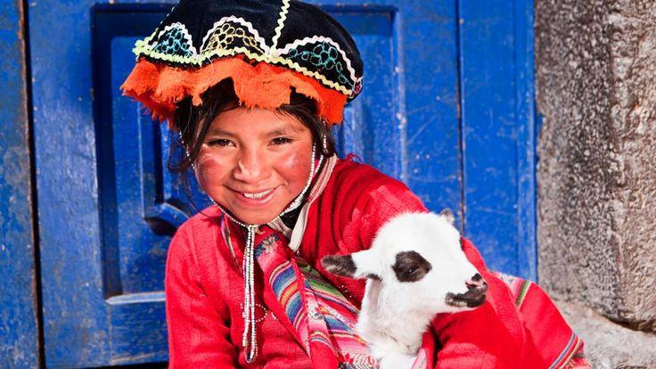 Perú se ha convertido en los últimos años en el destino más de moda de Sudamérica. Motivos no le faltan: una variedad de ecosistemas impresionante, paisajes desbordantes, hermosas ciudades...