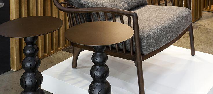Desde as primeiras produções na pequena oficina, em 1967, até os trabalhos mais recentes, a elaboração artesanal é o que identifica a essência do mobiliário brasileiro. A alta marcenaria é uma das palavras-chave da Schuster.