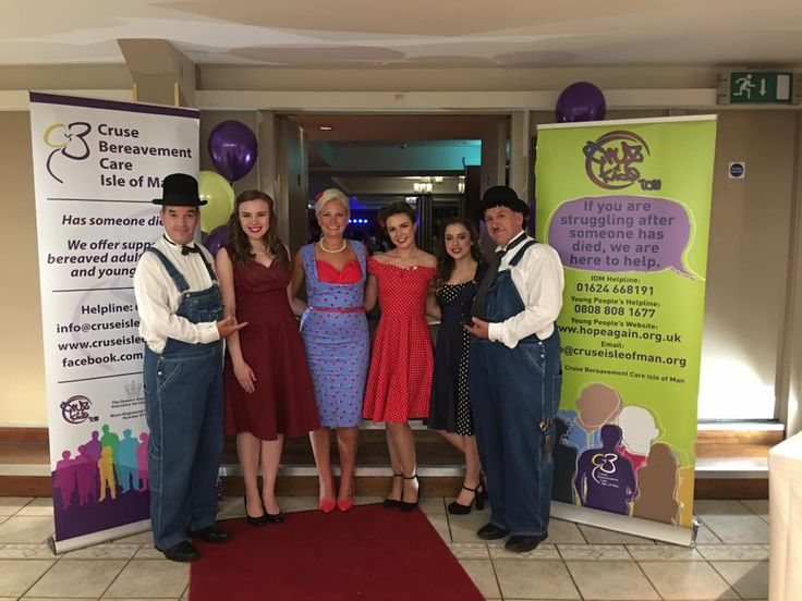 Laurel and Hardy Lookalikes posing for a photo with Sally Helwich – Director of Isle of Man Event Services, Miss Isle of Man and friends from Cruse Bereavement Care, Isle of Man.
