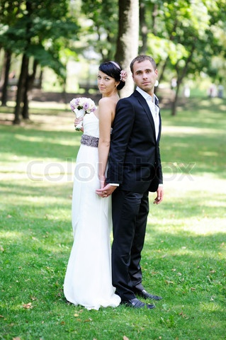 bridal poses outdoor - Google Search