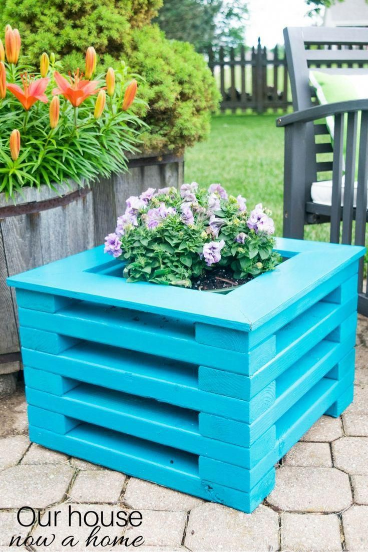 Diy Flower Planter Using Low Cost X Wood Boards Simple To Make With Amazing Results Perfect For Any Outdoor Space A Group Of Diy Bloggers Got Together